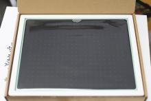 Tablet graficzny Wacom Intuos Pen Bluetooth M (A5) CTL-6100WLEN pistacjowy (po zwrocie 1 rok gwarancji) + kurs obsługi PL