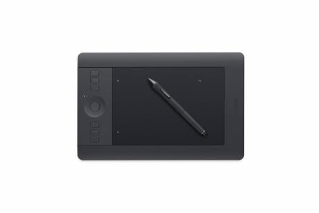 Tablet Intuos Pro S (PTH-451)  Wypożyczalnia - egzemplarz demo.